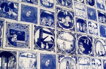 Delft Blue 'On The Flipside'